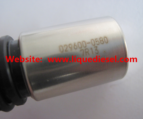 China DENSO Crankshaft Position Sensor 029600-0580 ,  0296000580  Original and New distributor